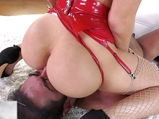 Huge Ass Facesitting