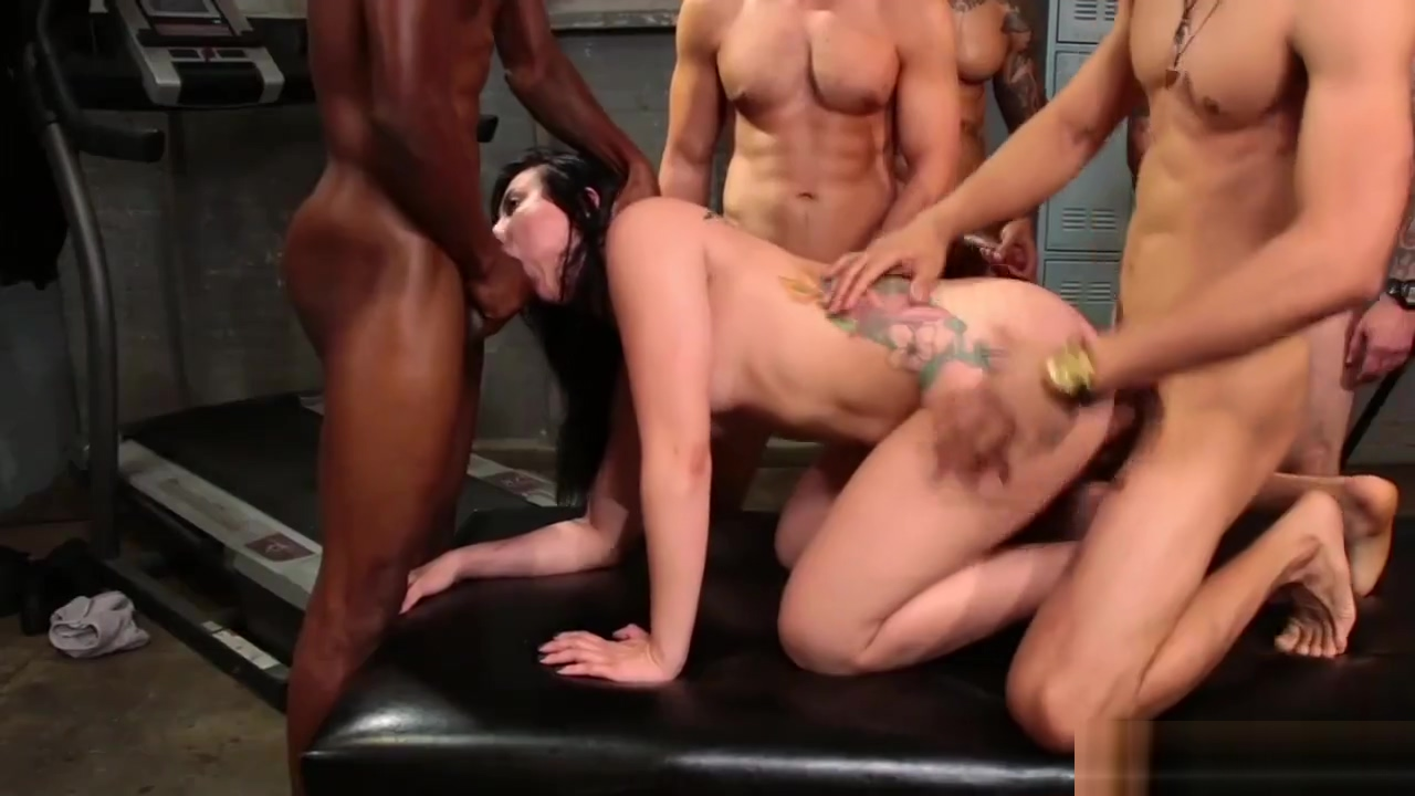 Fat ass babe gets gangbang fucked