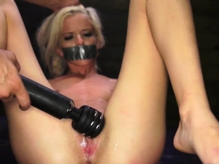 Amateur rough blowjob swallow Halle Von is in town on vacati