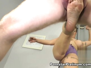 Eva Notty in Ballbusting Audition
